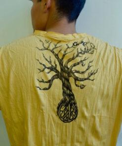 Peace Tree Shirt von hinten
